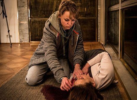 "Lisa Wagner & Lena Stolze in ""Kommissarin Heller - Vorsehung"""