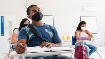 picture of college students in class